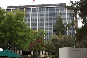 JPL admin bldg