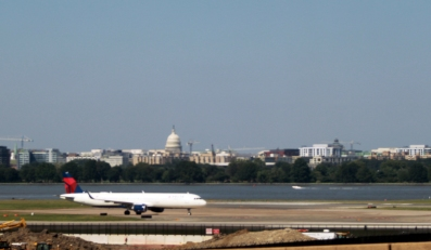 Airplane and Capitol Bldg