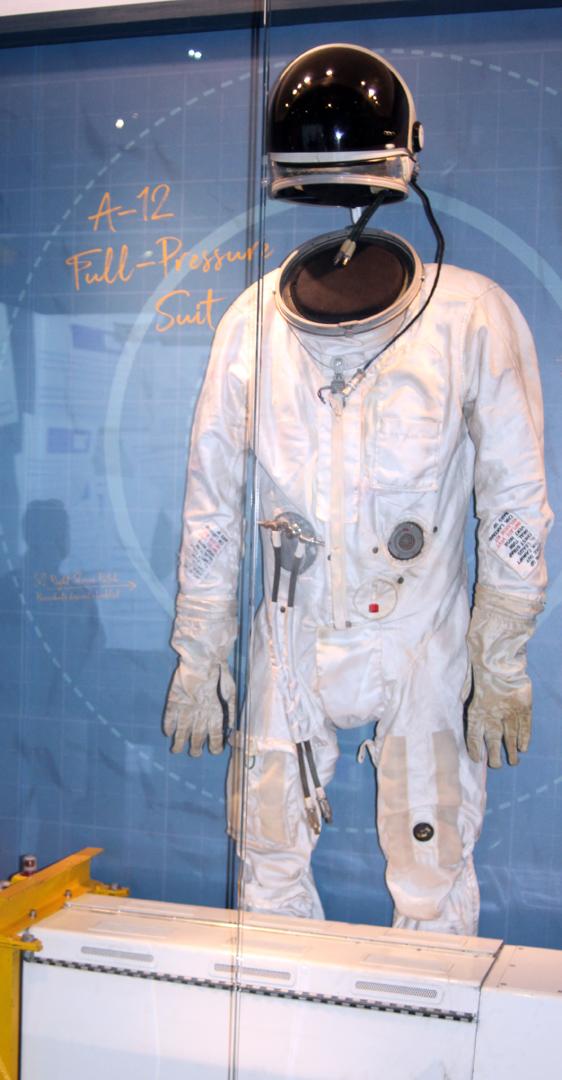 U2 flight suit
